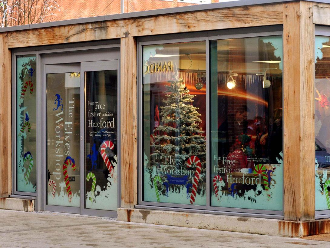 The Elves Workshop. Hereford Old Market Xmas shoppers.